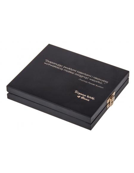 CZARNE pudełeczko z grawerem