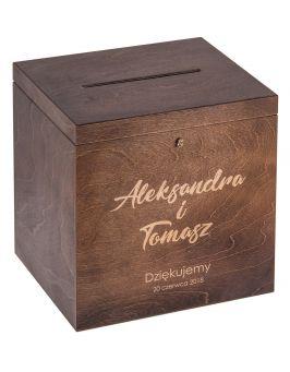 Pudełko na koperty z grawerem - ciemny brąz