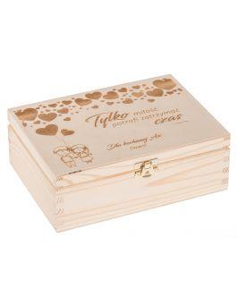 Drewniane pudełko grawerem - serduszka