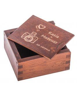 Pudełko na pendrive z grawerem - orzech