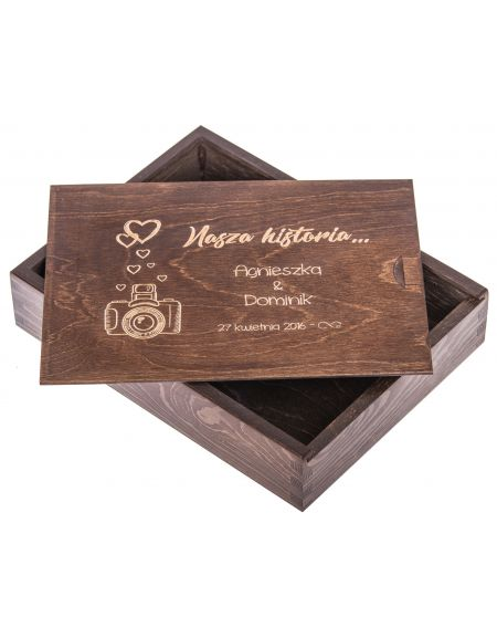 Personalizowane pudełko na zdjęcia 15x21cm ciemny brąz