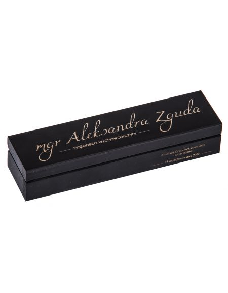 Czarny piórnik na długopis z grawerem